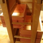 habinet-drawers-and-runner-interior-arrangements-805x1024
