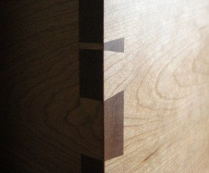 Corner dovetail detail