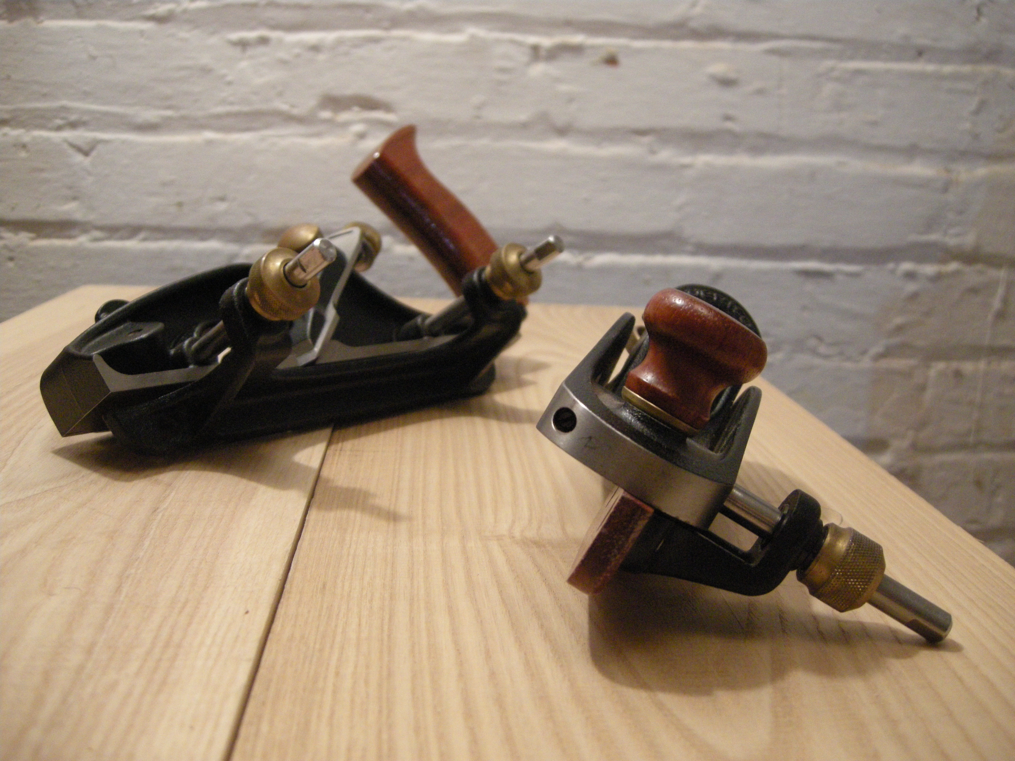 Veritas Skew Block plane and the larger, Skew Rabbet plane. (back left)