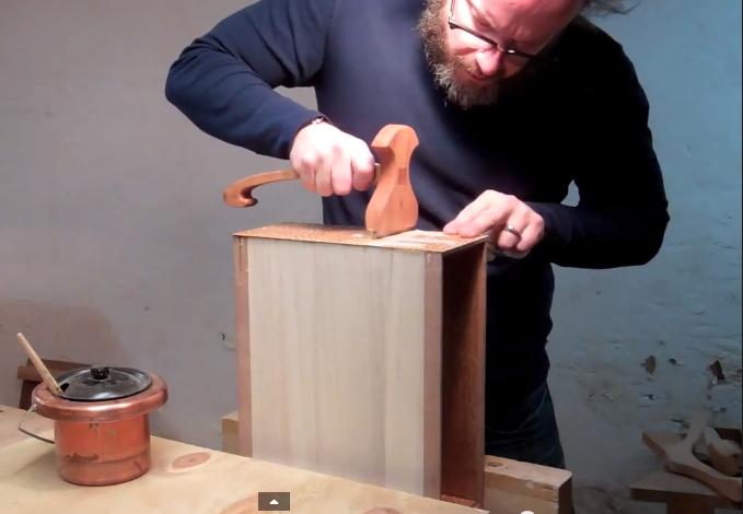 Hammer Veneering