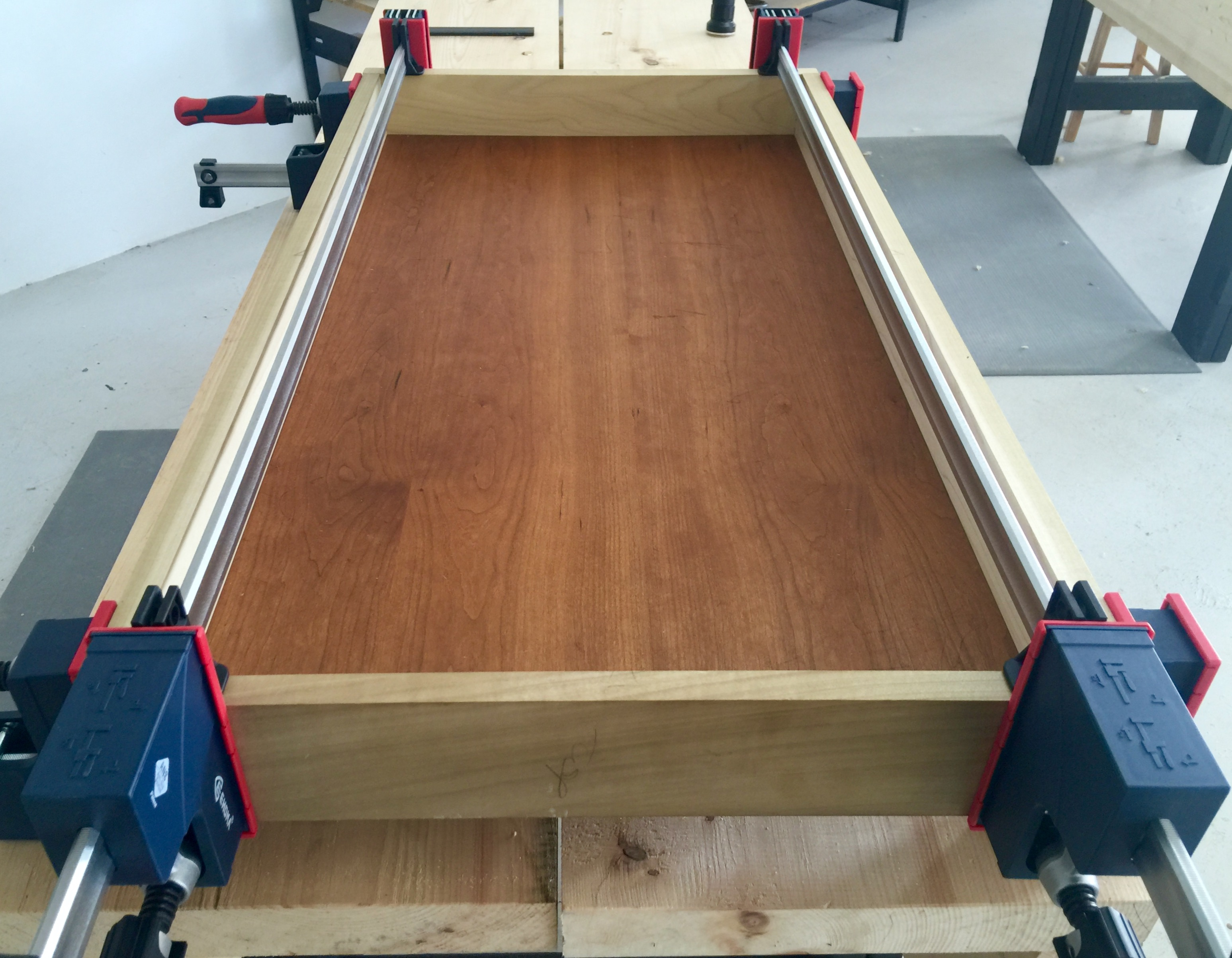 Episode 134 – Dressing the Dovetails & Gluing the Back