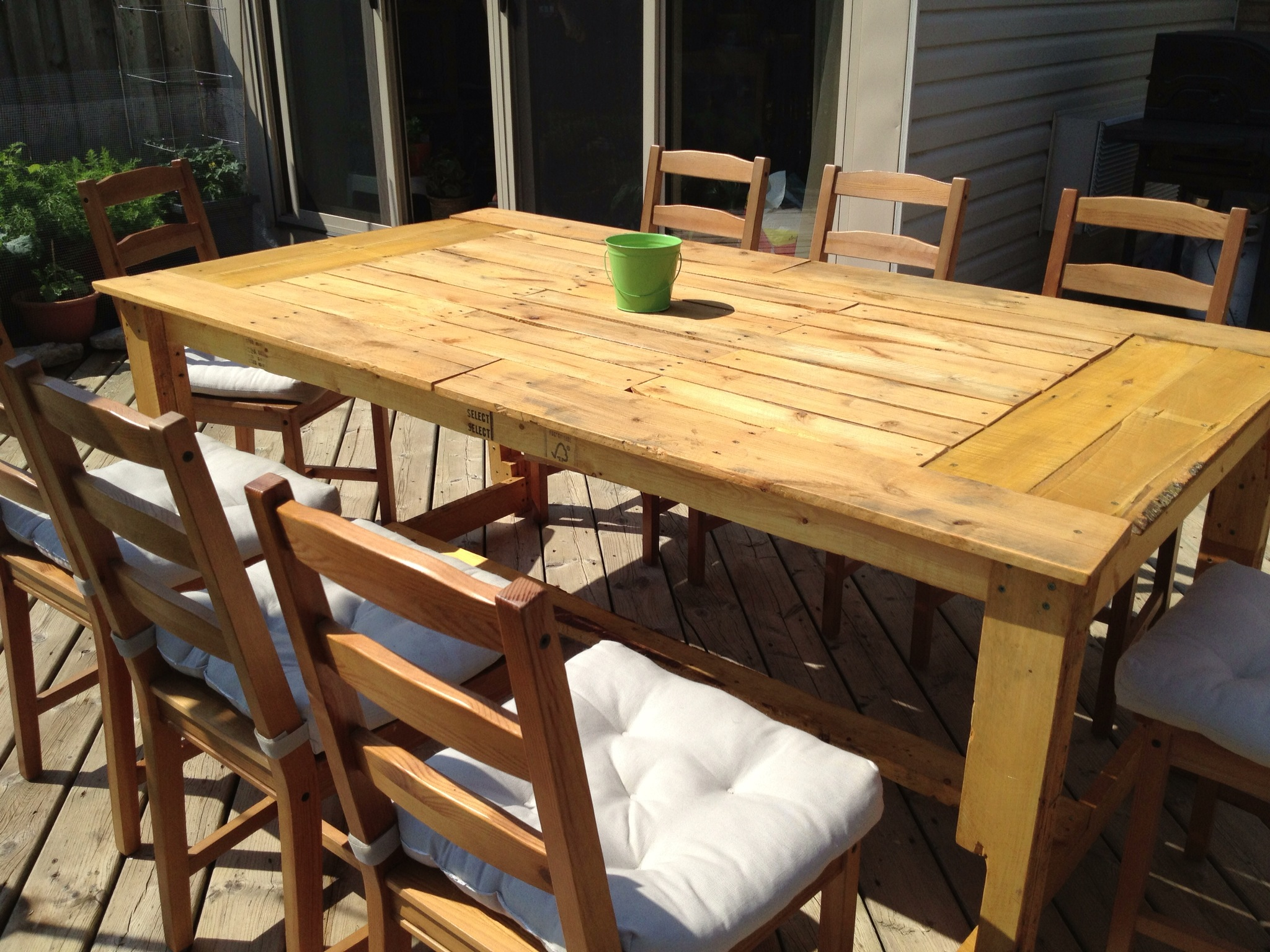 Picture of: Pallet Wood Patio Table The Unplugged Woodshop Toronto