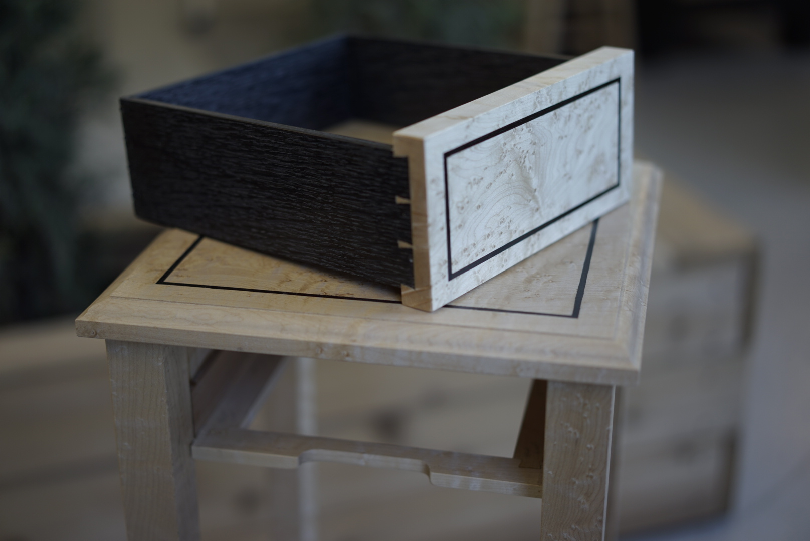 tom table drawer 2