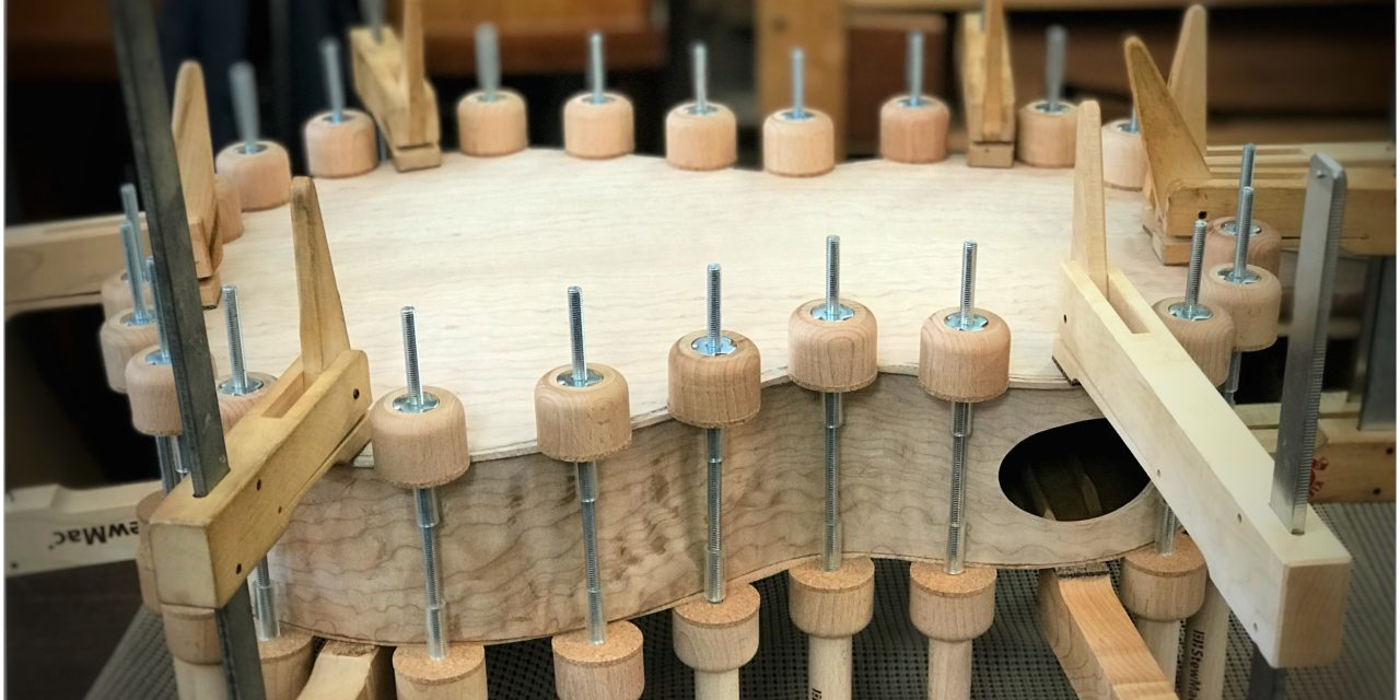 Episode 652 – Gluing the Back